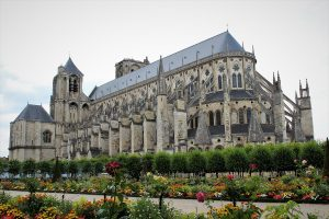 Bourges - Cattedrale-di-bourges-2.jpg
