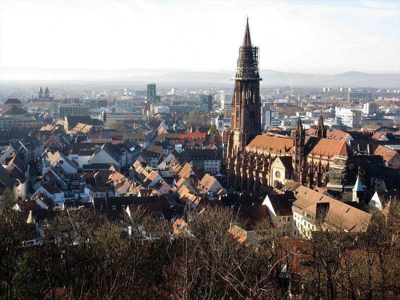 Freiburg - Friburgo-panoramica1.jpg